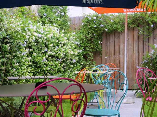 LA BELLE EQUIPE 1877 - Bar & Restaurant Jardin (à l'arrière du bâtiment)
