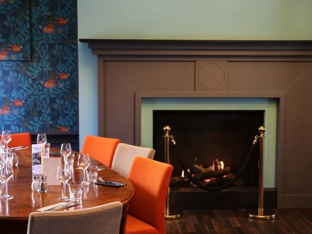 LA BELLE EQUIPE 1877 - Bar & Restaurant La Salle aux poissons & sa grande cheminée (1er étage)
